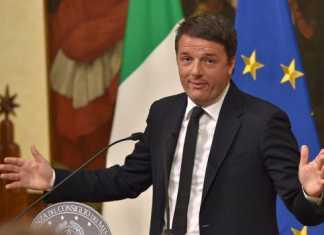 Matteo Renzi durante l'annuncio delle sue dimissioni
