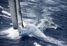 Cade dalla barca a vela nel mare in tempesta, disperso friulano