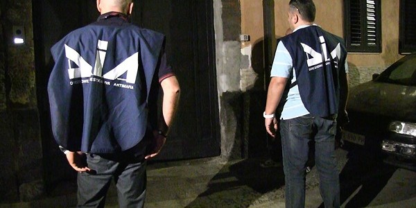 Lecce, associazione mafiosa e traffico di droga: arresti