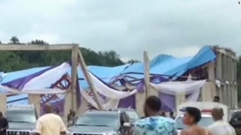 tetto crollato chiesa nigeria
