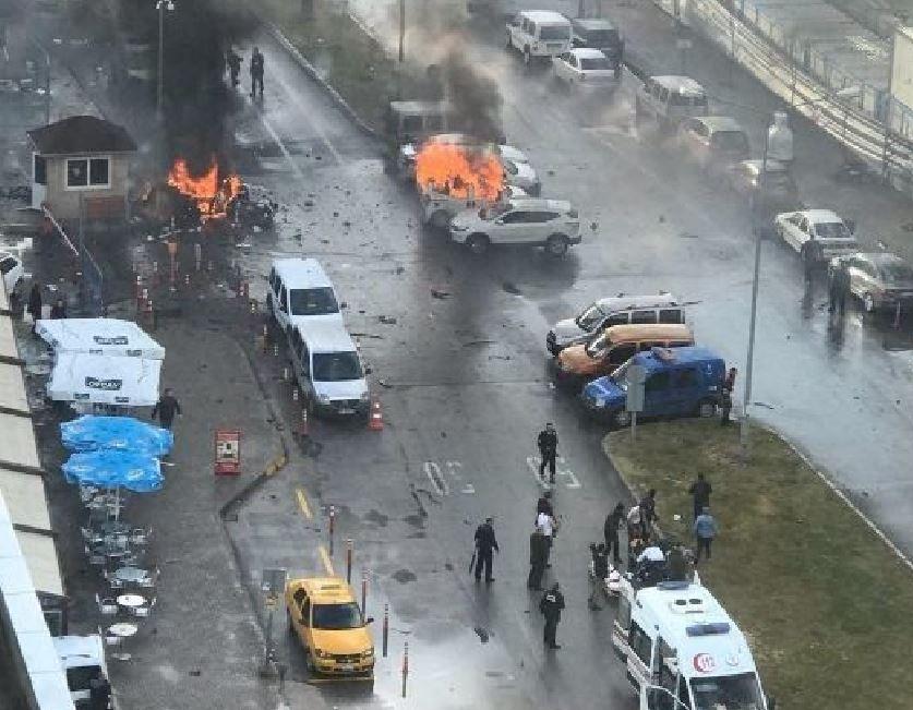 Forte esplosione a Smirne in Turchia: ci sarebbero feriti