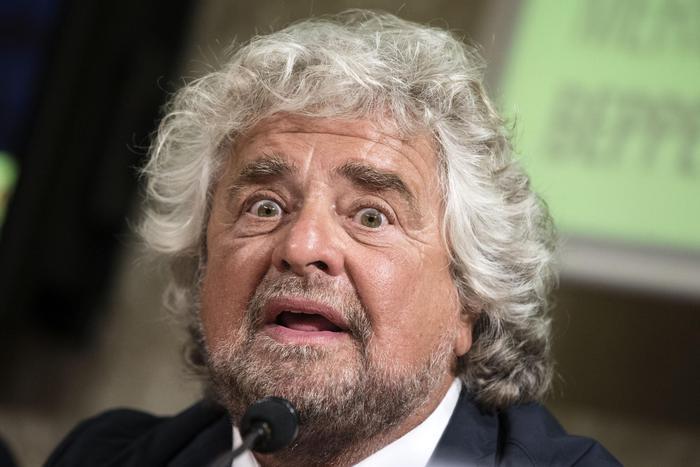 Beppe Grillo in una foto d'archivio