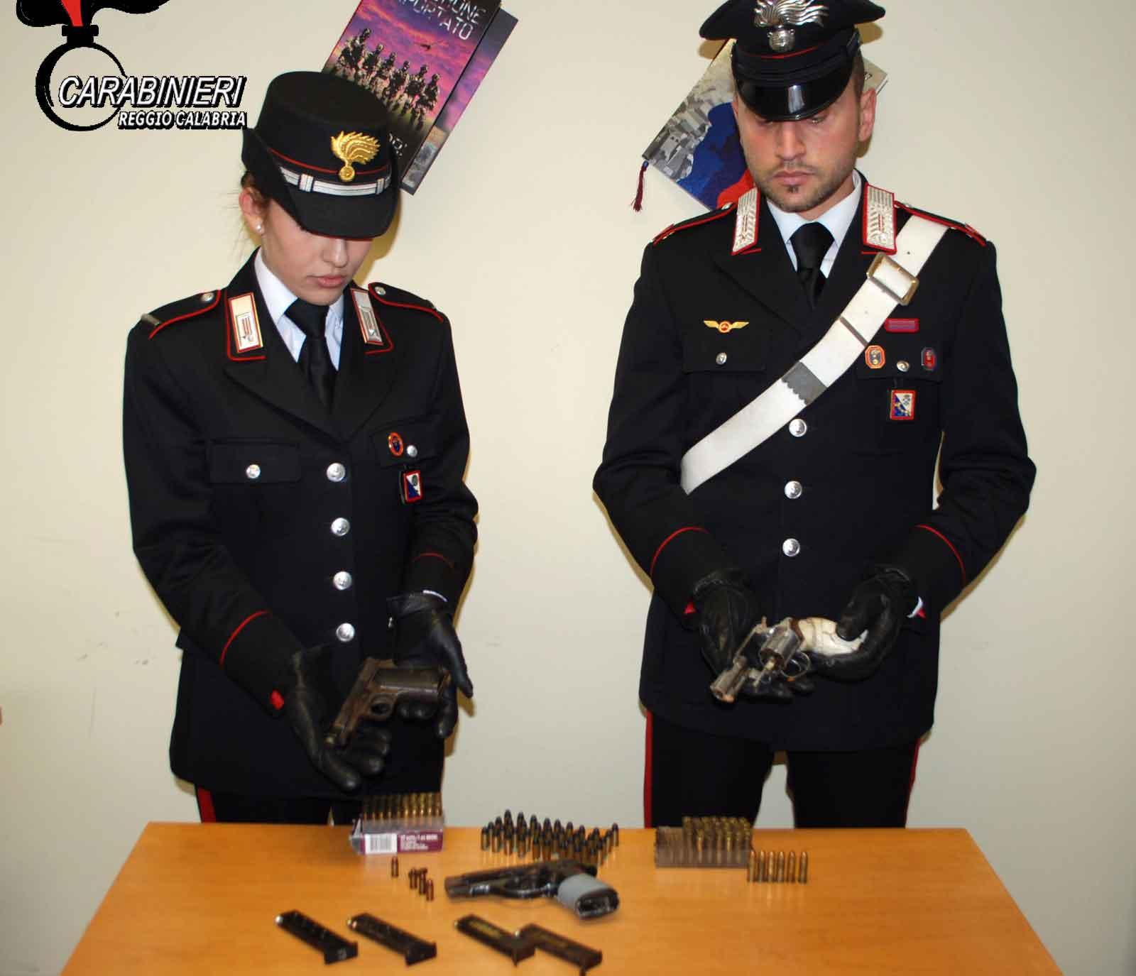 Armi e munizioni, arrestati Antonio e Emilio Macheda nel rione Modena
