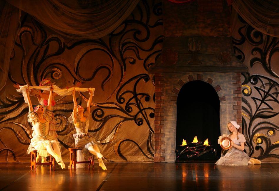 """Il Balletto di Mosca """"La Classique"""" in Cenerentola"""