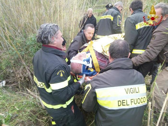 Vigili del fuoco ritrovano anziano disperso in località Santa Trada di Villa San Giovanni