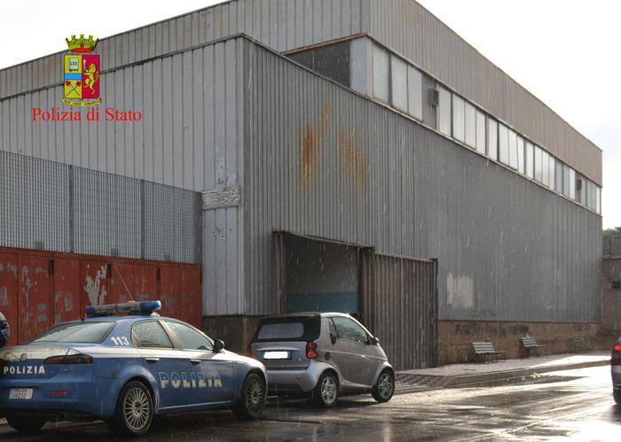 """Il palazzetto dello sport di Reggio Calabria, definito """"lo scatolone"""""""