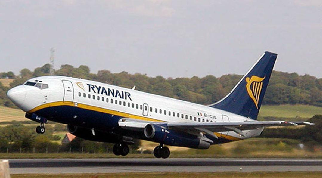 Aerei: Ryanair, da fine marzo cancellata tratta Lamezia-Roma