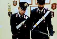 carabinieri con armi barilla