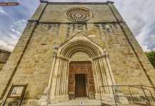 La facciata della Chiesa Sant'Agostino prima del sisma
