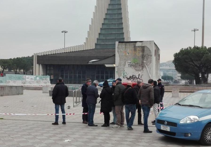 luogo sparatoria Napoli Giuseppe Antonucci spara a ex