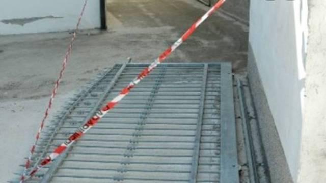 Tragedia a Fagnano, 60enne muore schiacciato da un cancello