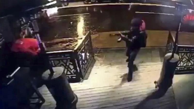 Il terrorista in azione al Reina Club