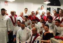 Gli chef premiati con i colleghi cosentini