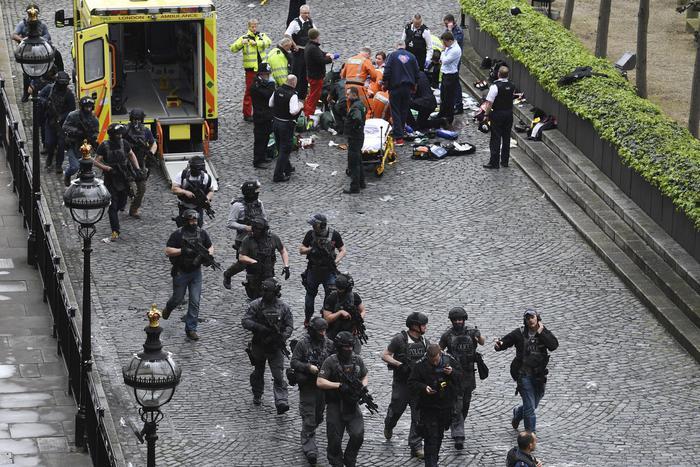 L'attacco terroristico a Londra. Nell'immagine Westminster Bridge.