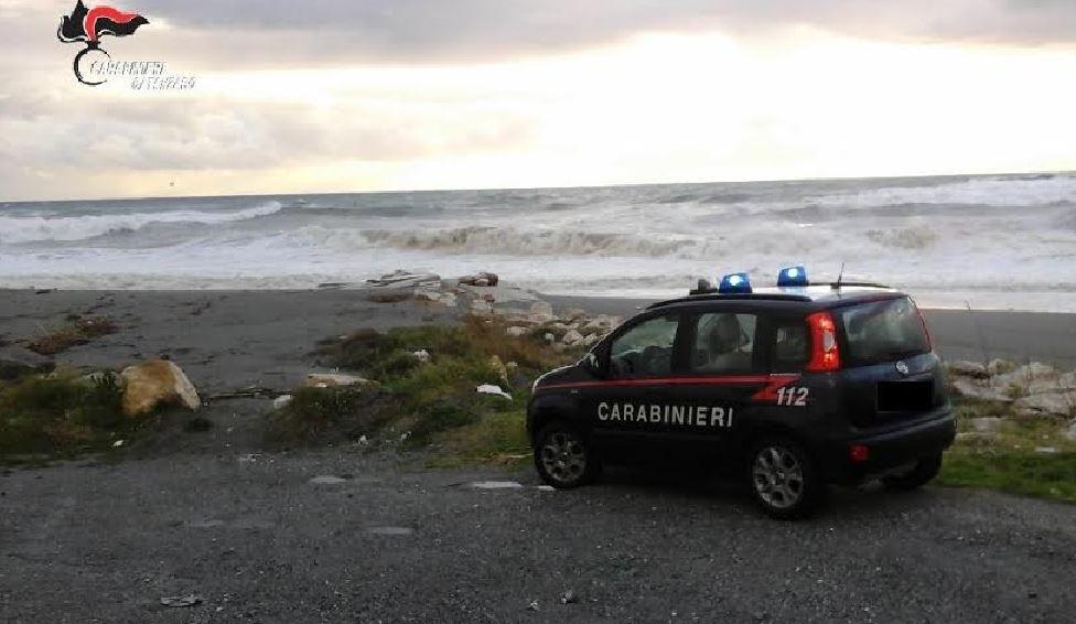 L'auto dei militari di Nocera Terinese a Falerna per l'intervento di salvataggio