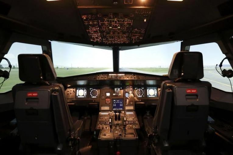 La cabina di pilotaggio di un Airbus 320 simile a quello precipitato della Germanwings