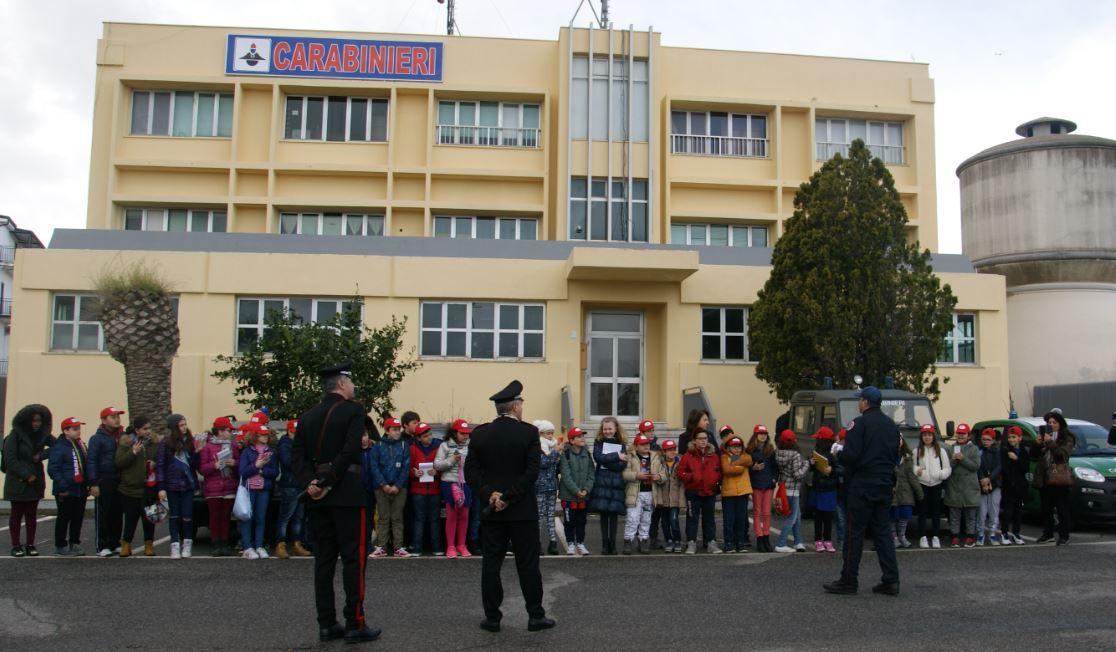 scolaresca carabinieri Crotone