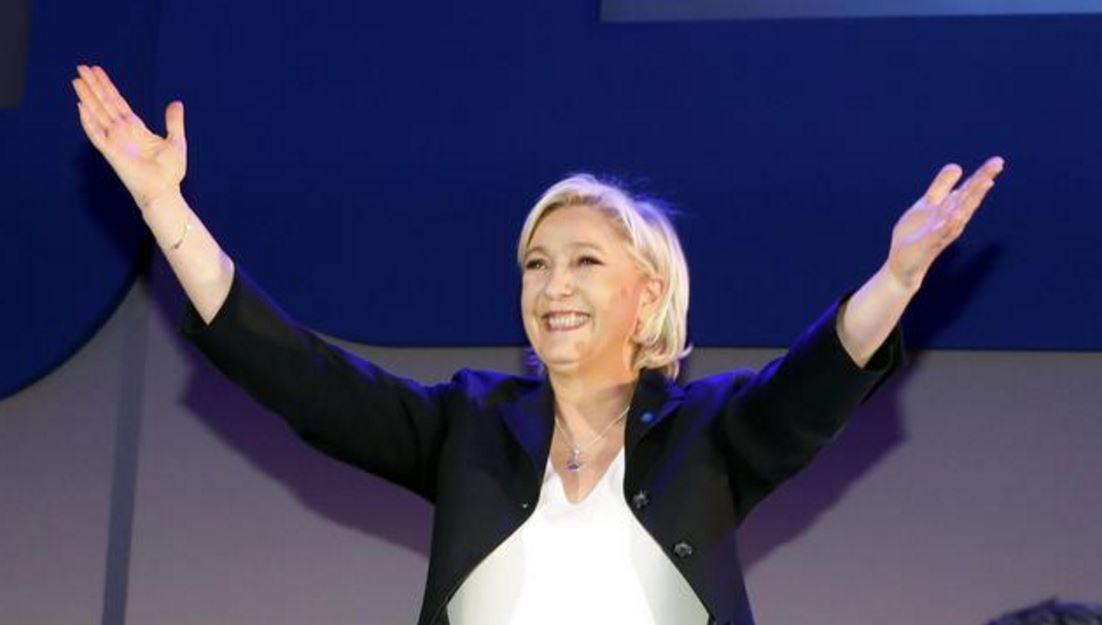 Francia, europeisti e moderati fanno cerchio intorno a Macron