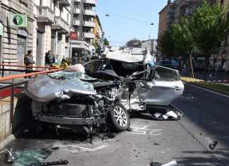 auto incidente stradale Milano