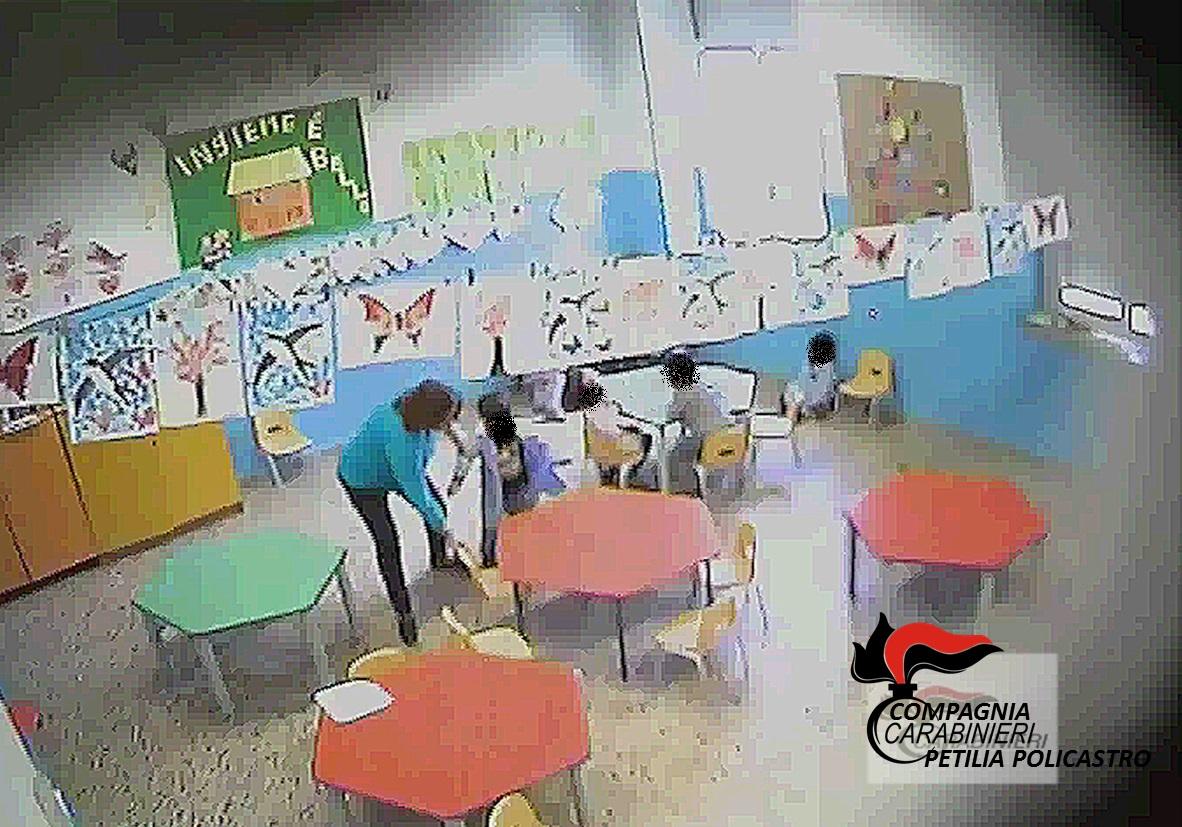 violenza scuola infanzia