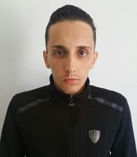 Al centro Giacomo Gattuso e gli arrestati per favoreggiamento tentato omicidio don Giorgio Benvenuto