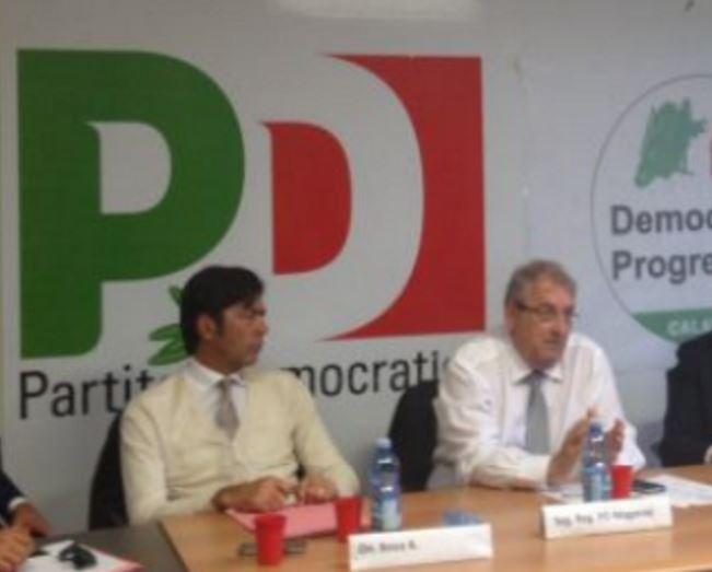 Da sinistra Arturo Bova e Ernesto Magorno a un incontro del Pd