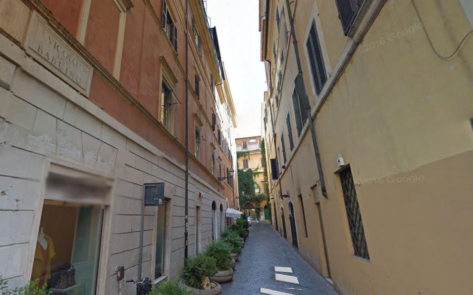 Femminicidio a Roma, uomo uccide la compagna e poi si costituisce