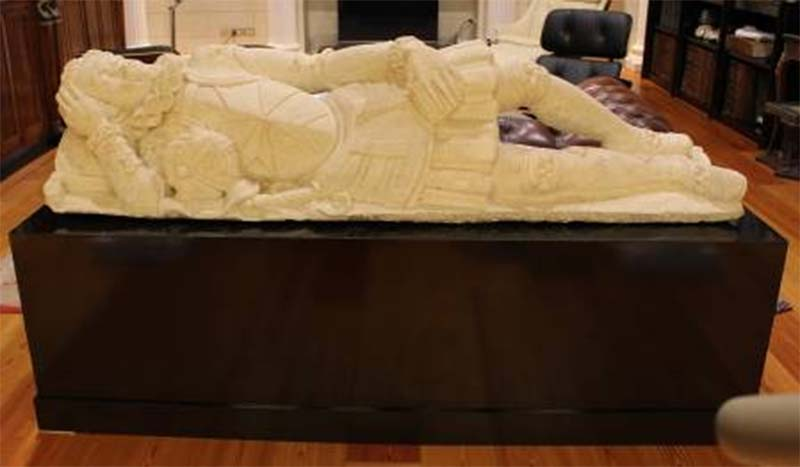 Scultura marmorea sepolcrale recuperata a Parma