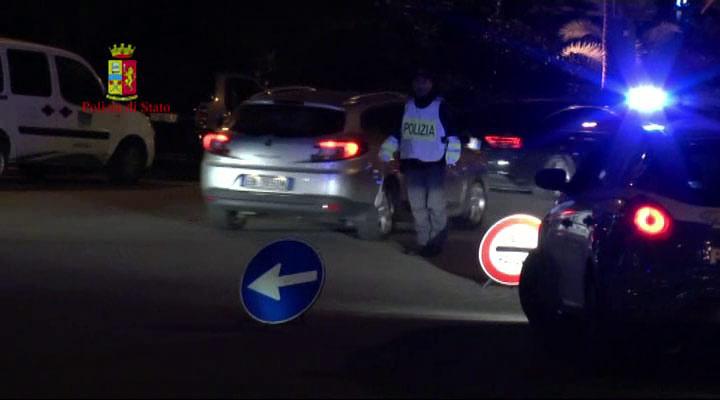 Controlli Polizia movida Cosenza