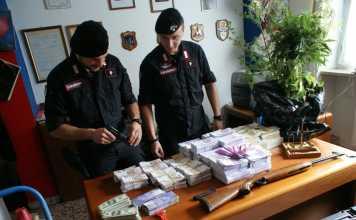 denaro armi carabinieri