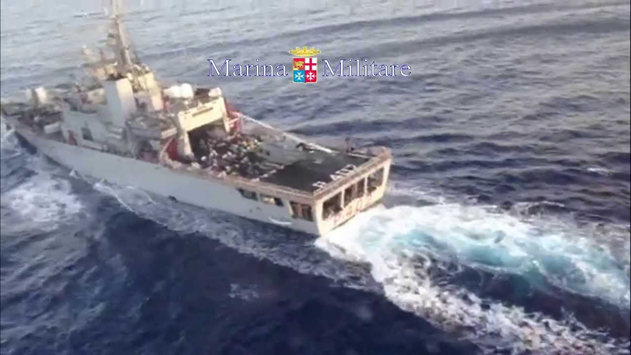 nave Libra Marina militare