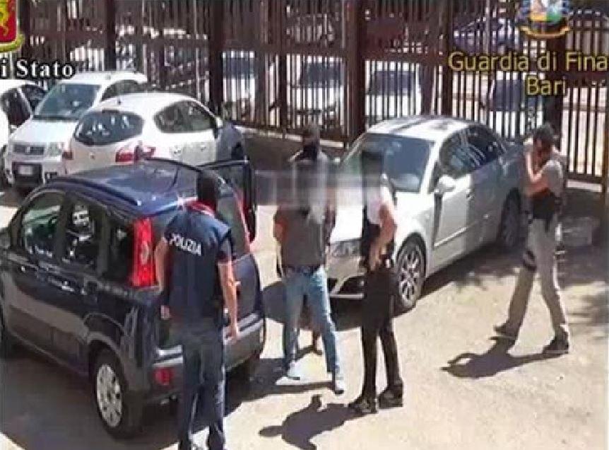 Terrorismo, espulsi magrebini sospettati di essere vicini a Daesh