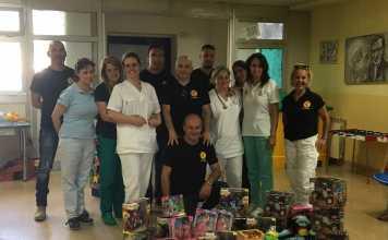 Esponenti di Azione identitaria Calabria nel reparto pediatrico del nosocomio di Lamezia