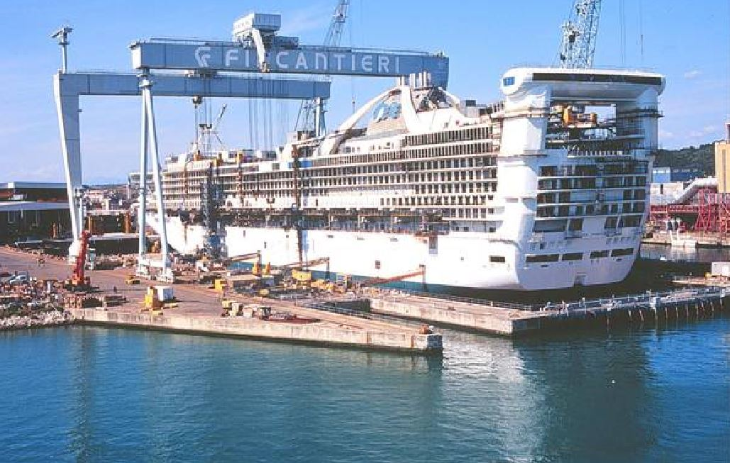 Alta tensione Francia-Italia su Stx, il colosso navale ambito da Fincantieri