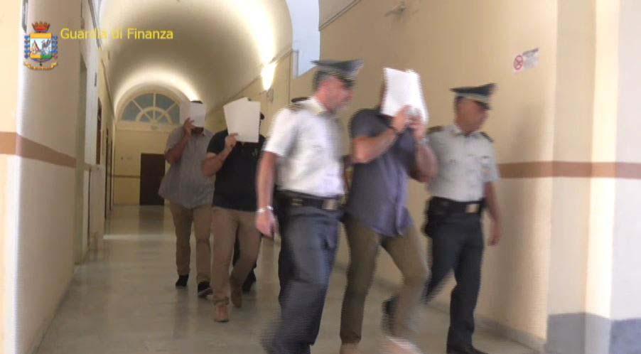 Corruzione, 15 arresti tra Roma e Messina. Coinvolto un magistrato