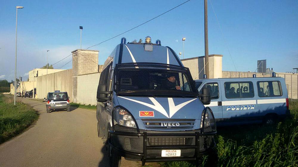 Polizia Cpr centro rimpatri Restinco