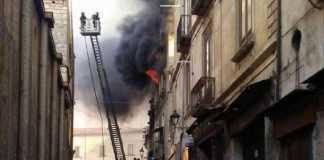 incendio centro cosenza