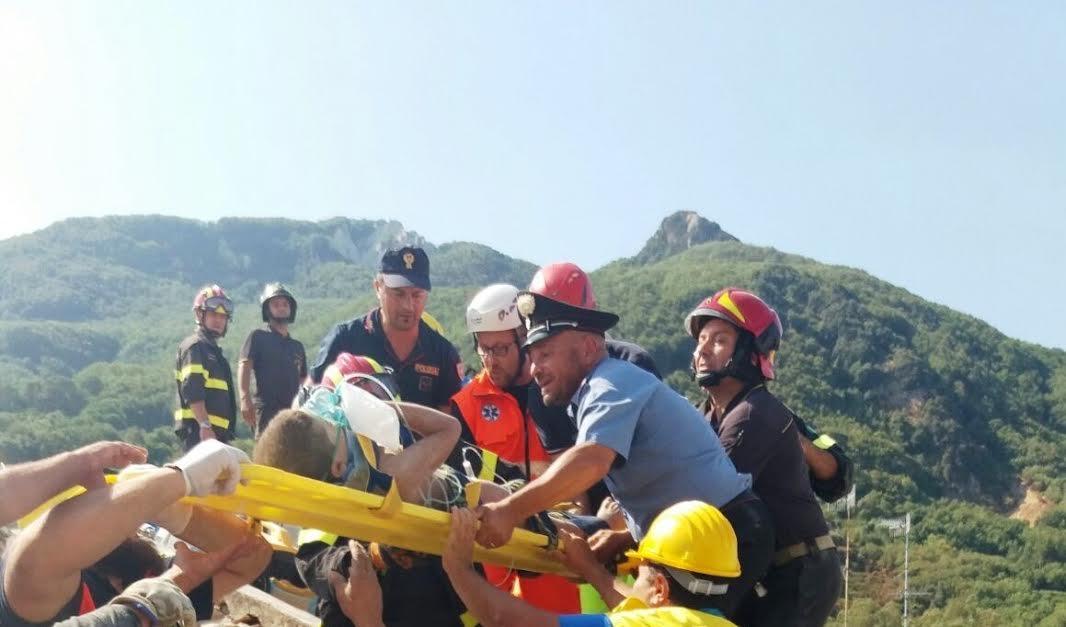 Il salvataggio di un ragazzino a Ischia