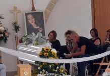 Un momento dei funerali di Noemi Durini
