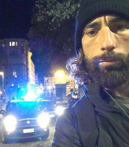 Brumotti e la troupe di Striscia aggrediti e rapinati a Bologna
