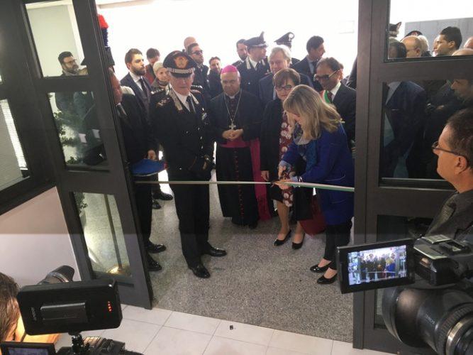 Il generale dell'Arma dei carabinieri Tullio Del Sette durante l'inaugurazione
