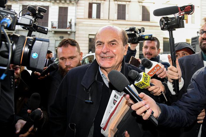 Pierluigi Bersani in Calabria striglia Renzi