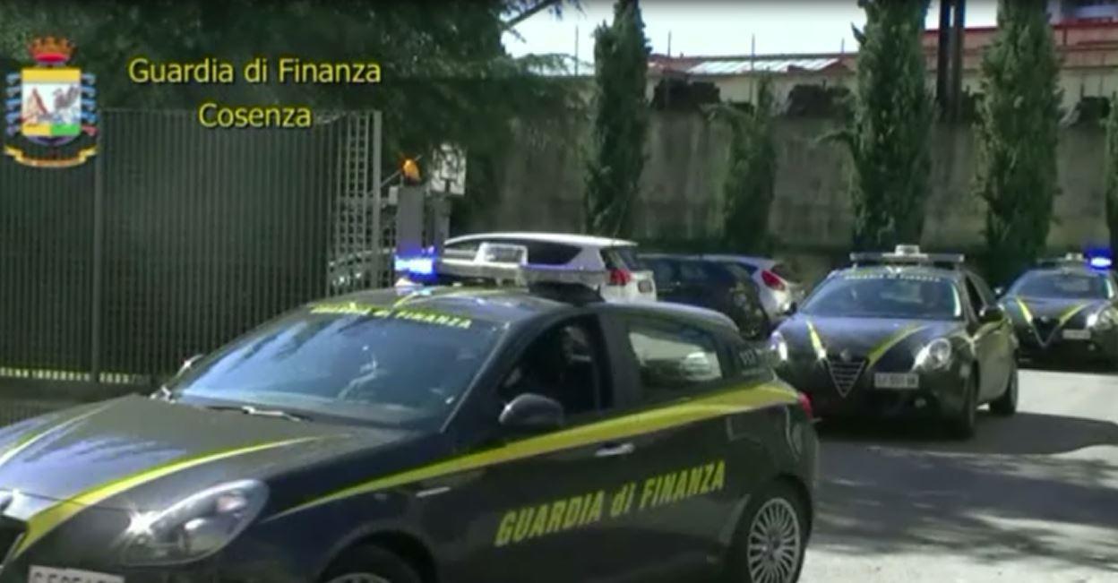 Assenteismo alla Regione Calabria, 7 misure cautelari a Cosenza
