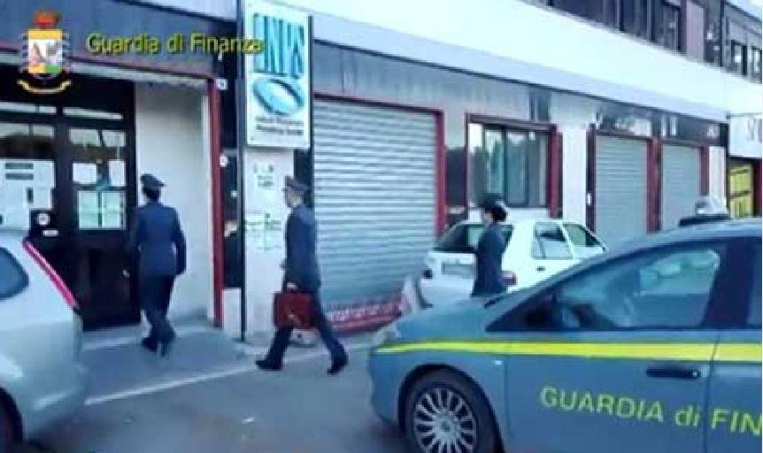 Pensione sociale in Argentina, denunciati marito e moglie