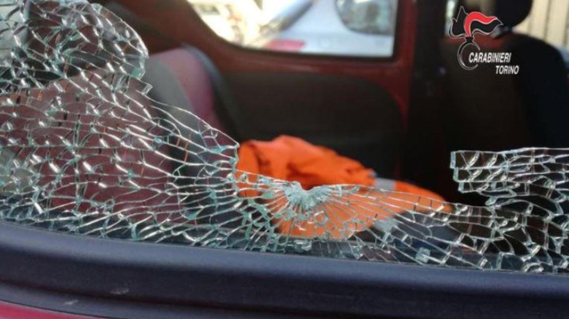 spari lunotto auto