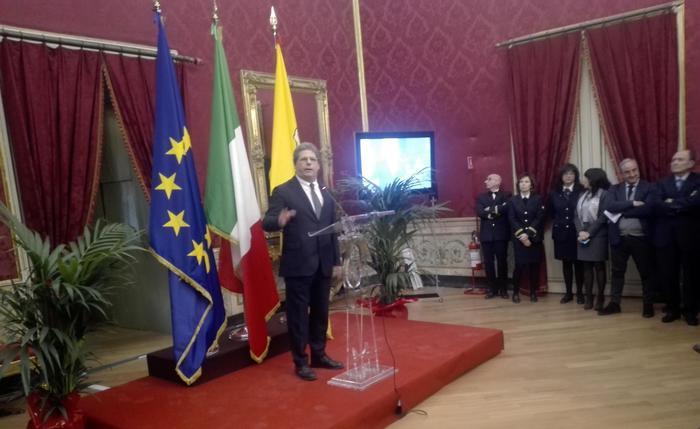 Gianfranco Miccichè durante il suo discorso davanti ai deputati dell'Ars.
