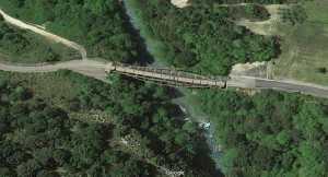 Il ponte sul fiume Lao