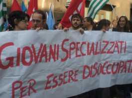 Istat: disoccupazione giovanile al 32,7%