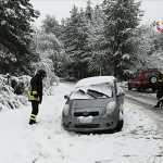 maltempo auto bloccata neve sila