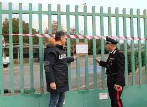 I militari appongono i sigilli al depuratore